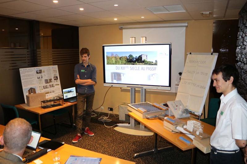 Les élèves de STI2D participent à la finale du concours des génies de la construction